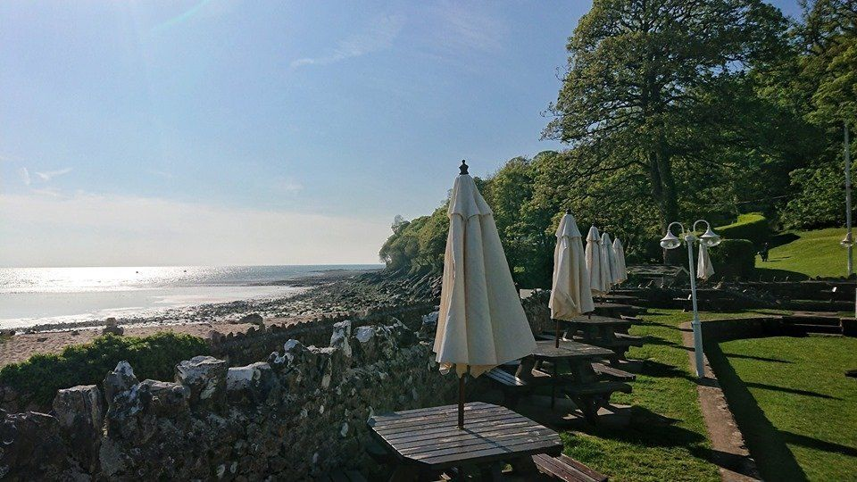 beach wedding venues, waterside wedding venues, wedding venues swansea