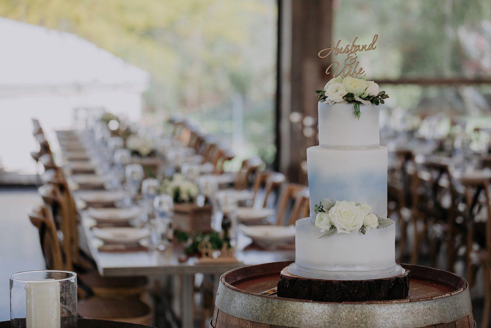 wedding cake, pastel wedding cake