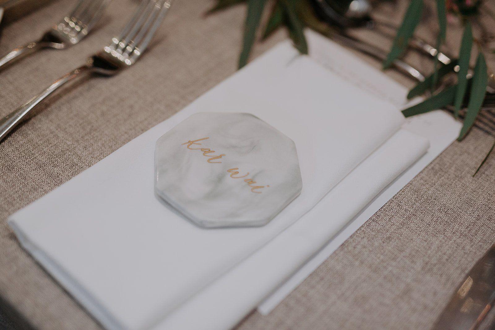 unique wedding table place cards